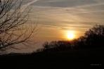 Sonnenaufgang über der Bantorfer Höhe am Wintermorgen