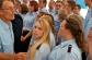 Feuerwehr-Oberboss Michael Kupfer und Bantorfer Feuerwehrfrauen